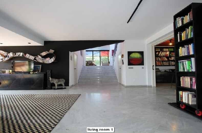 4 bedroom Villa for sale in Marbella with pool - € 1,300,000 (Ref: 4244831)