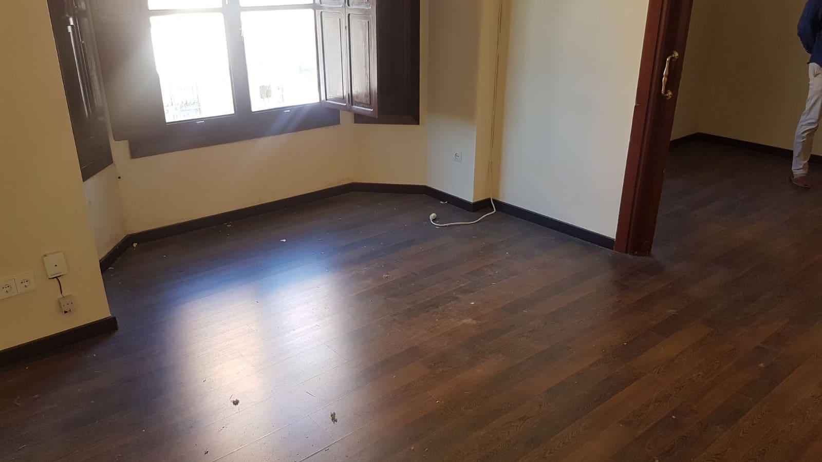 1 bedroom Office for rent in San Pedro de Alcantara - € 450 (Ref: 4732926)