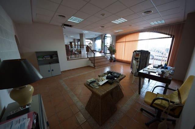 Local Comercial de 3 habitaciones en San Pedro de Alcantara en venta - 579.000 € (Ref: 4963839)