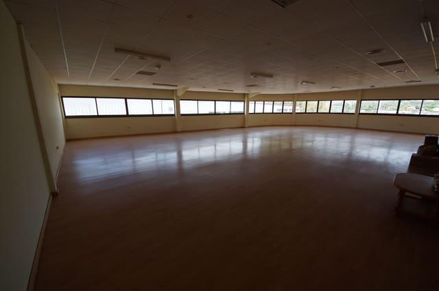 6 soveværelse Kontor til leje i San Pedro de Alcantara - € 4.000 (Ref: 4963842)