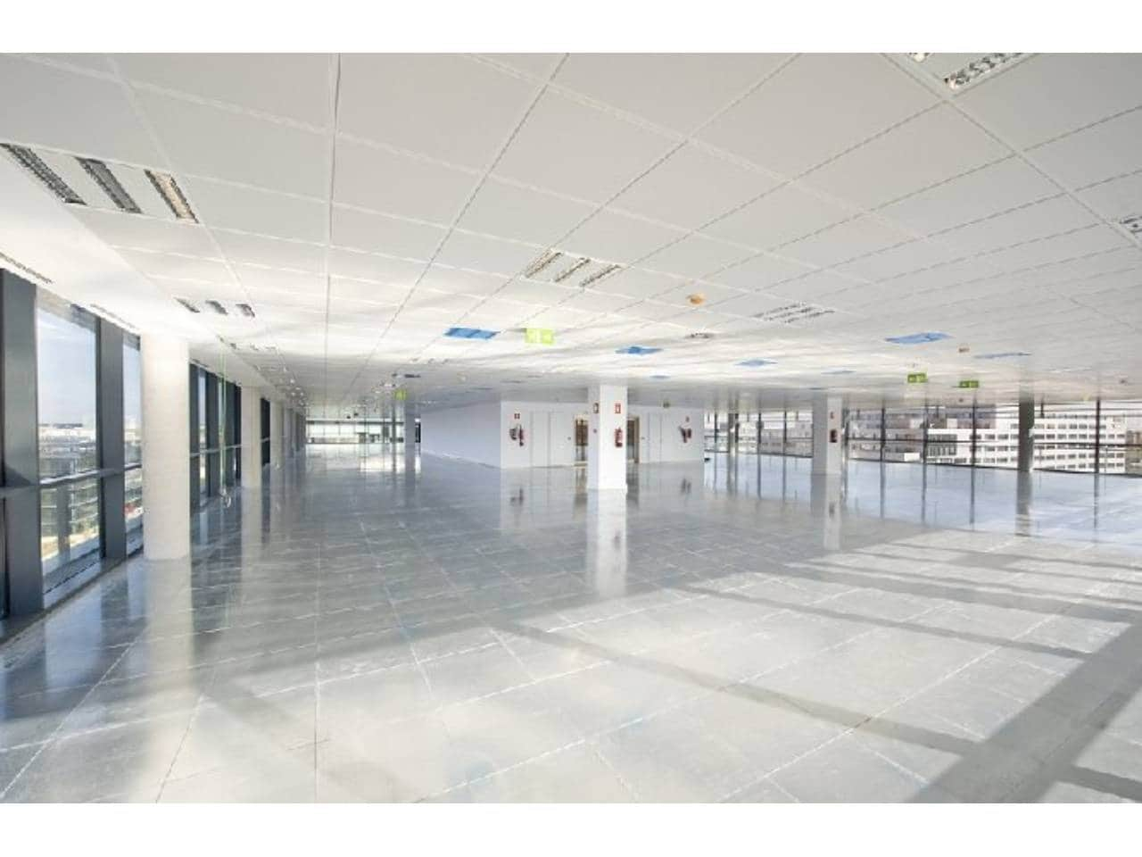 Office for rent in Rivas-Vaciamadrid - € 63,875 (Ref: 3857293)