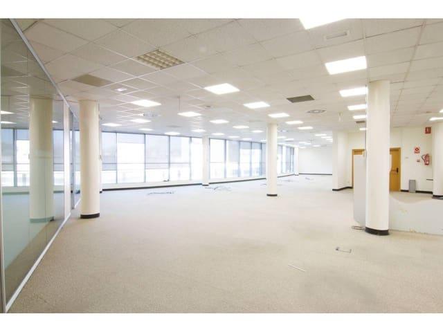 Biuro do wynajęcia w Pozuelo de Alarcon z garażem - 3 000 € (Ref: 5461252)