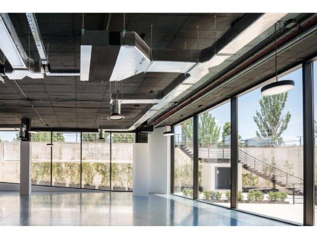 Kontor til leie i Pozuelo de Alarcon med garasje - € 7 200 (Ref: 5532418)