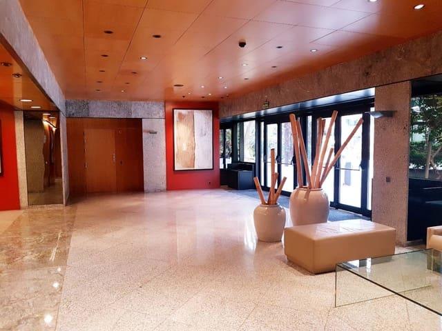 Kontor til leie i Pozuelo de Alarcon med garasje - € 5 661 (Ref: 5885259)