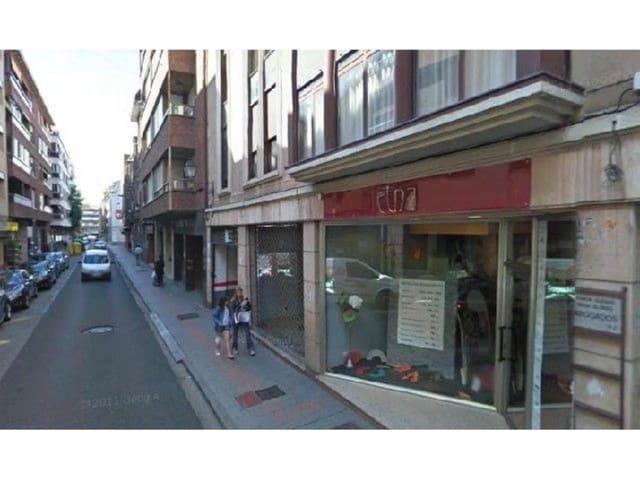 Garagem para venda em Palencia / Palenca cidade - 25 000 € (Ref: 3835565)