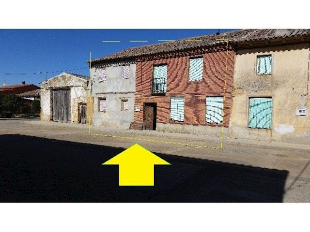 5 sovrum Villa till salu i Perales - 36 000 € (Ref: 3835645)