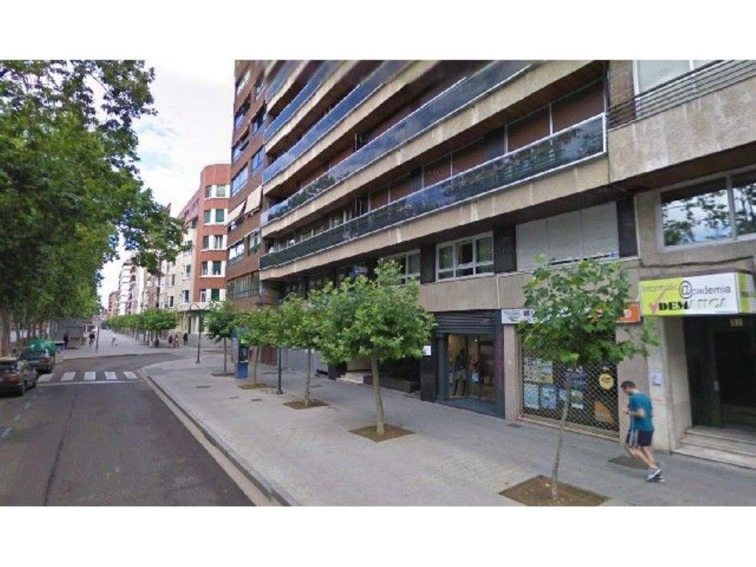Office for rent in Palencia city - € 450 (Ref: 3835657)