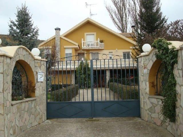 6 sypialnia Willa na sprzedaż w Monzon de Campos - 250 000 € (Ref: 3835844)