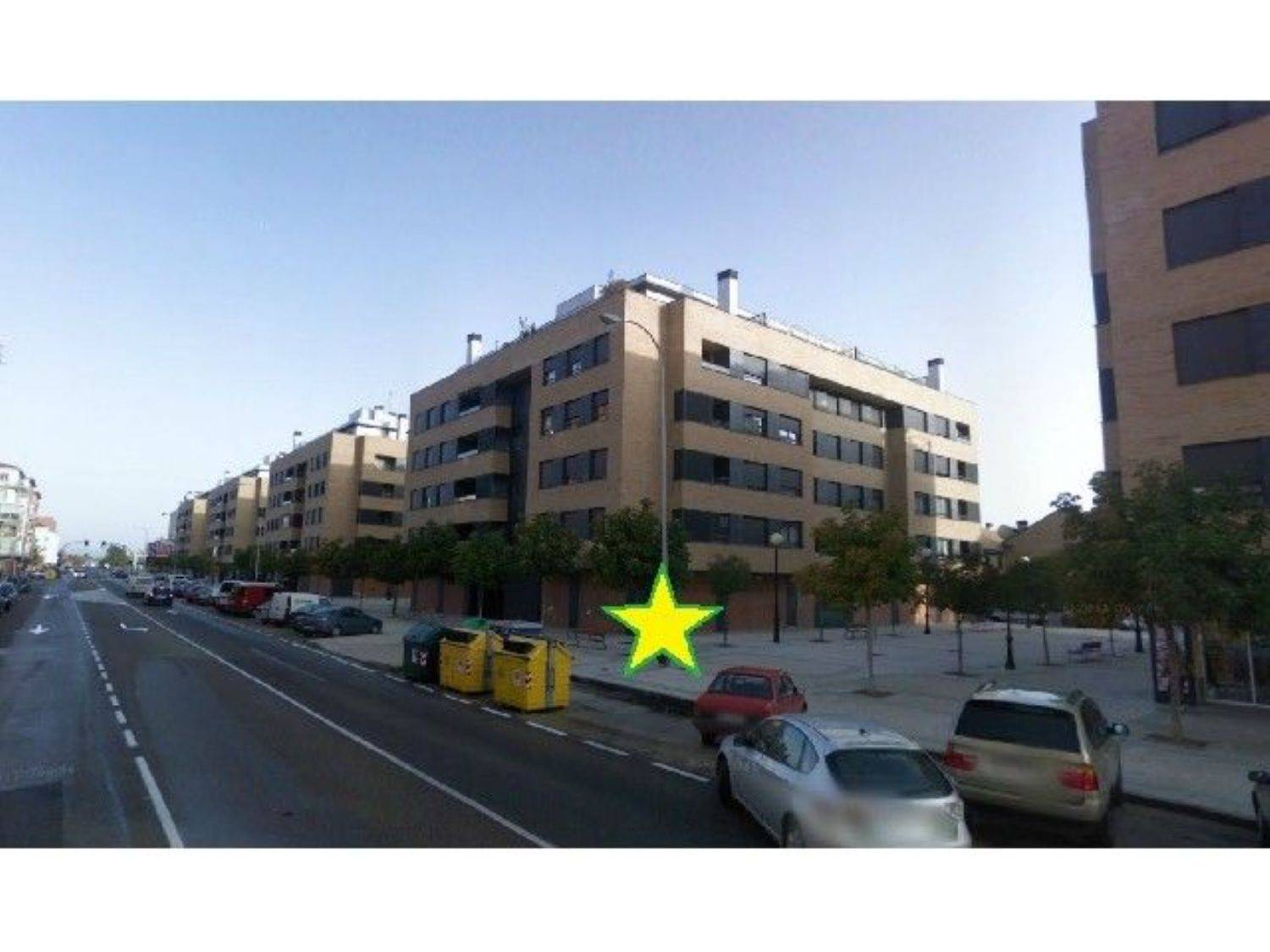 Commercial for rent in Palencia city - € 2,500 (Ref: 3836016)