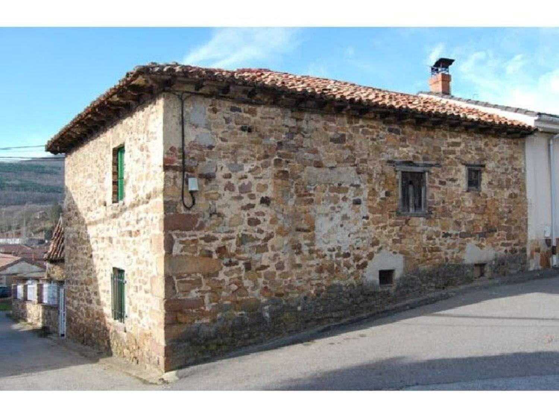 1 chambre Villa/Maison à vendre à Barruelo de Santullan - 22 900 € (Ref: 3850547)