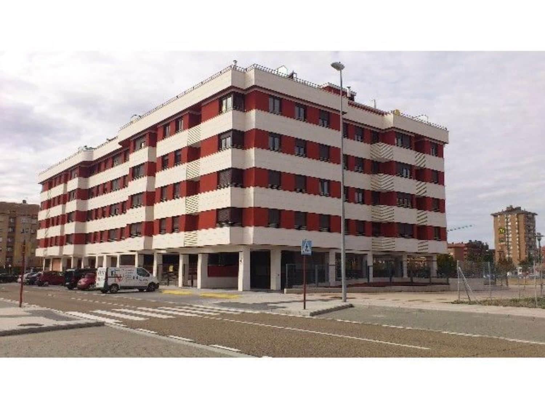 Apartamento de 2 habitaciones en Palencia ciudad en venta con garaje - 180.000 € (Ref: 3850599)
