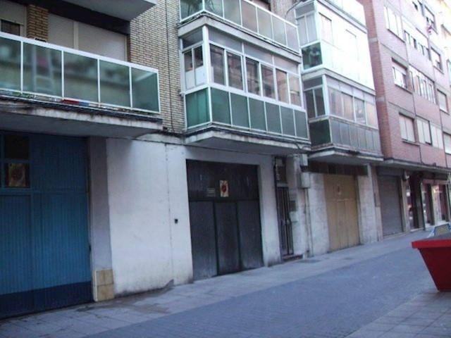 Komercyjne na sprzedaż w Miasto Palencia - 270 000 € (Ref: 3850878)