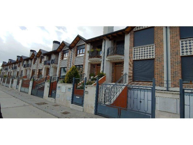 4 sovrum Hus till salu i Villamuriel de Cerrato - 188 000 € (Ref: 4629123)
