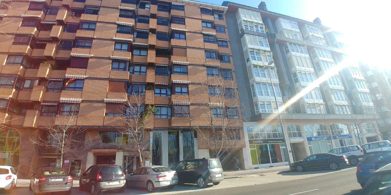 Biuro na sprzedaż w Miasto Palencia - 120 000 € (Ref: 5057365)