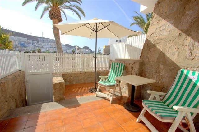 Bungalow de 2 habitaciones en Puerto Rico en venta con piscina garaje - 215.000 € (Ref: 4799842)