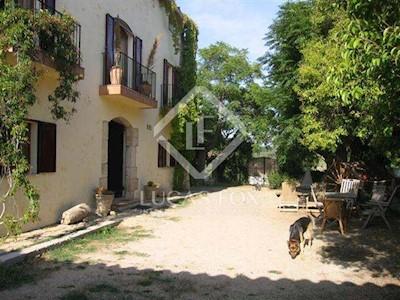 7 chambre Villa/Maison à vendre à Mediona avec piscine garage - 1 090 000 € (Ref: 2641049)