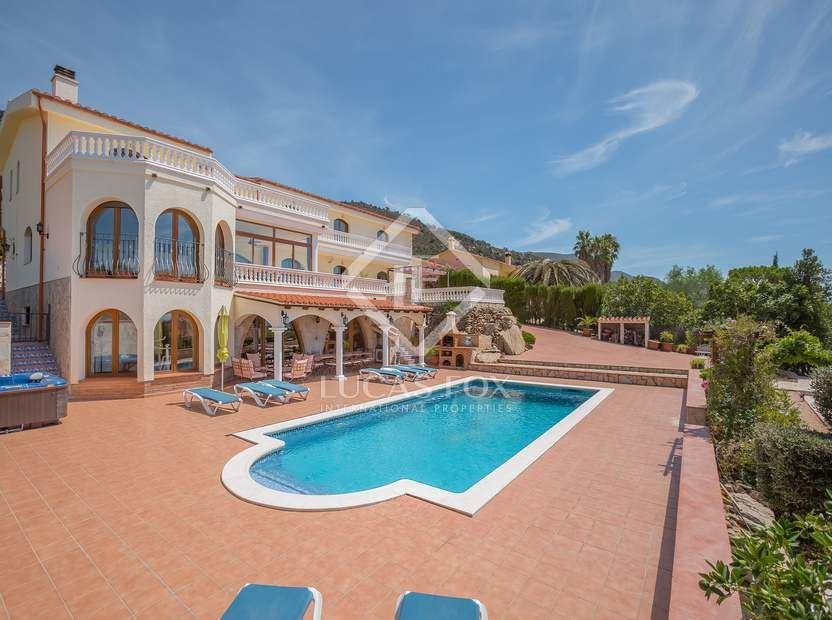 5 sovrum Villa till salu i Pau med pool garage - 1 395 000 € (Ref: 3059893)