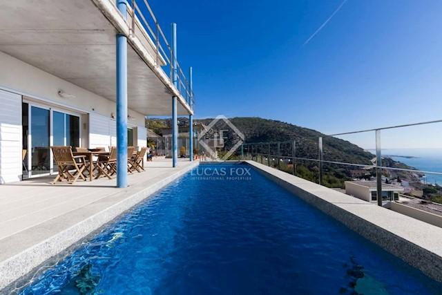 5 chambre Villa/Maison à vendre à Garraf avec piscine garage - 1 400 000 € (Ref: 3826212)