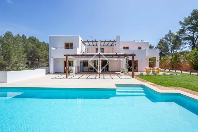 Finca/Casa Rural de 5 habitaciones en Santa Eulalia / Santa Eularia en venta con piscina garaje - 2.950.000 € (Ref: 3959855)