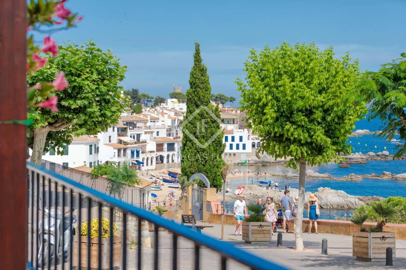 4 sovrum Villa till salu i Calella de Palafrugell med garage - 1 800 000 € (Ref: 4026356)