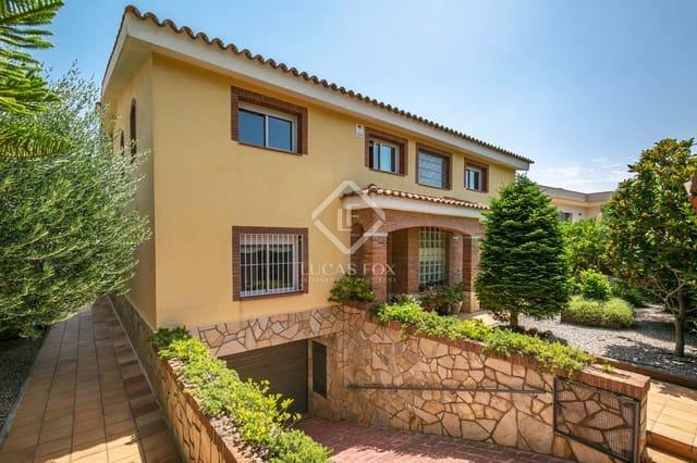 5 chambre Villa/Maison à vendre à Premia de Dalt avec piscine garage - 675 000 € (Ref: 4072283)