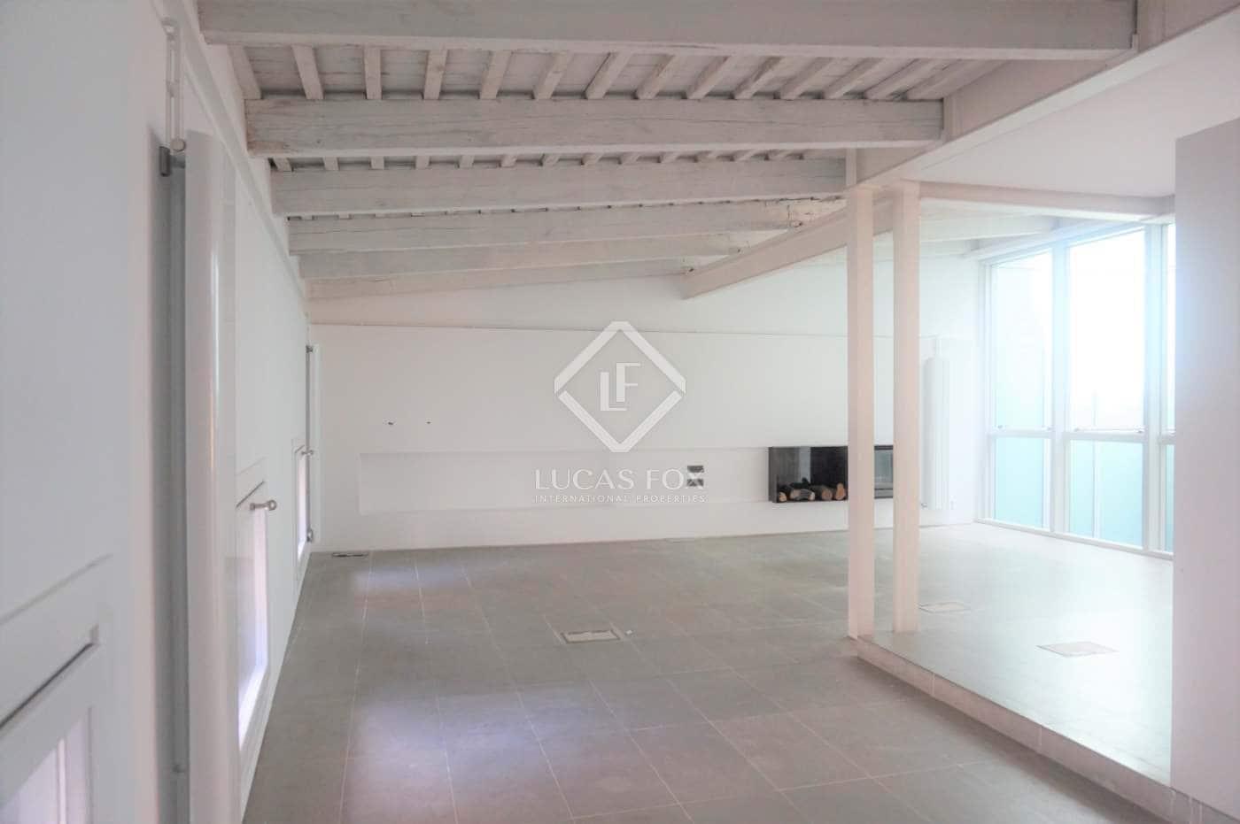 Penthouse de 3 chambres à louer à Valence ville avec garage - 2 200 € (Ref: 4201167)