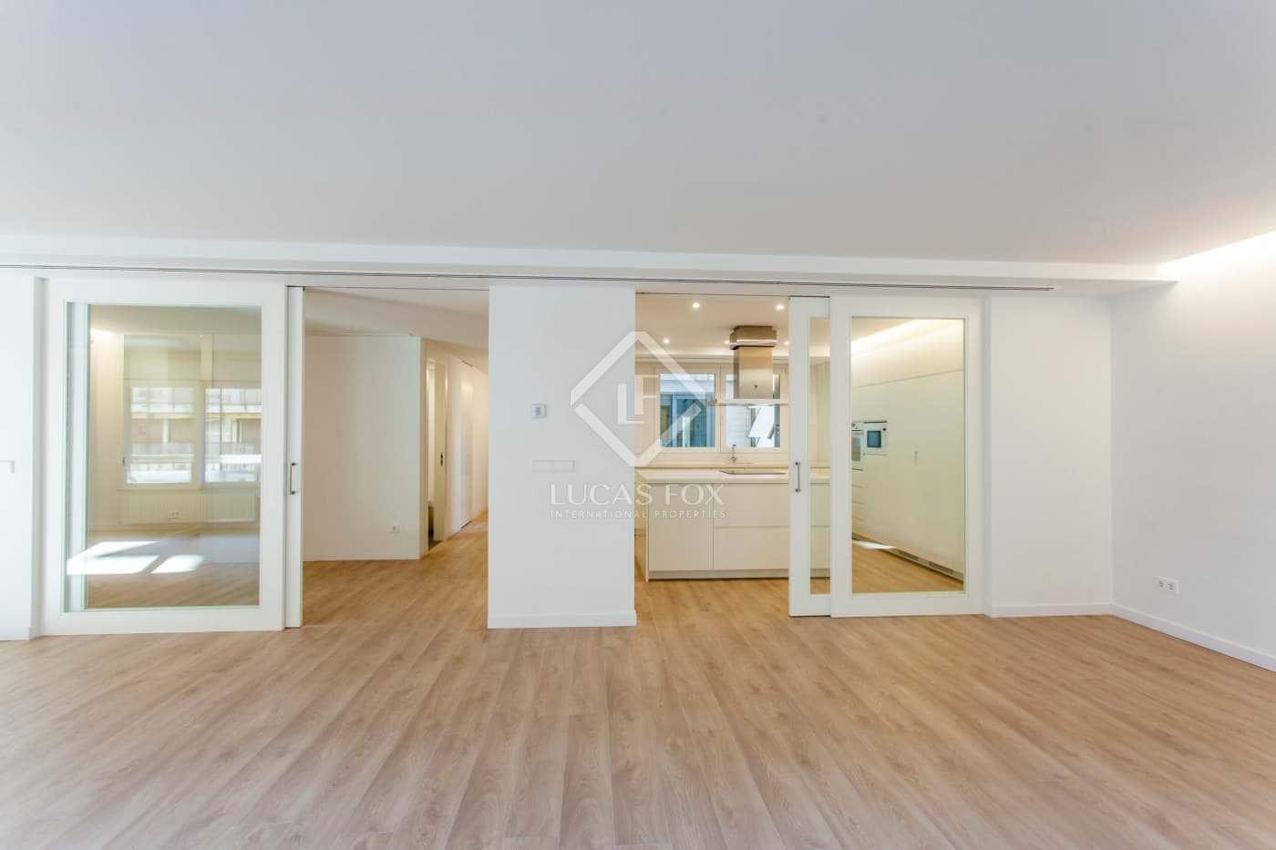 4 slaapkamer Appartement te huur in Valencia stad met garage - € 2.500 (Ref: 4429928)