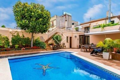 3 Zimmer Villa zu verkaufen in Vilassar de Mar mit Pool Garage - 950.000 € (Ref: 4742420)