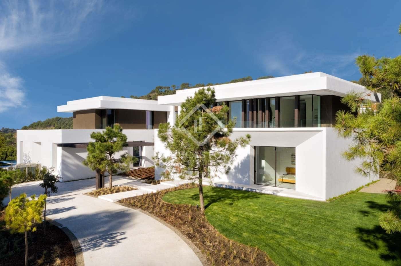 7 bedroom Villa for sale in Marbella with pool garage - € 4,500,000 (Ref: 4776965)