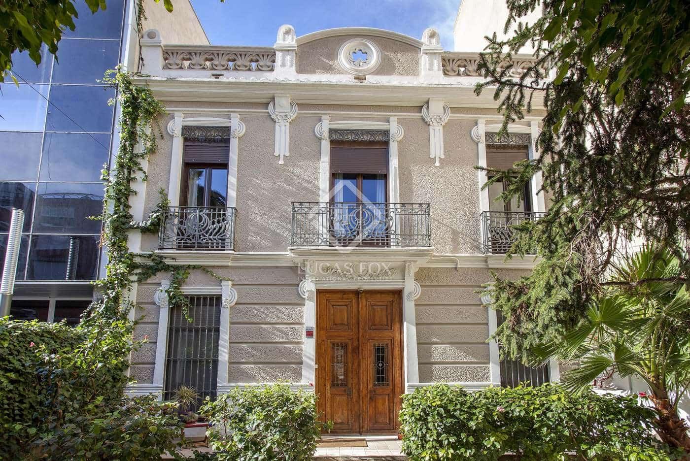5 slaapkamer Villa te huur in Valencia stad - € 2.900 (Ref: 5119590)