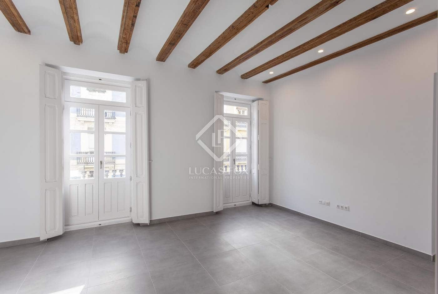3 slaapkamer Appartement te huur in Valencia stad - € 950 (Ref: 5140945)