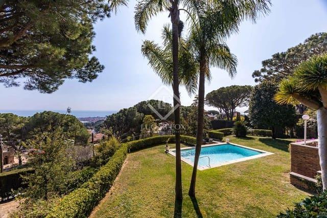 4 chambre Villa/Maison à vendre à Vilassar de Mar avec piscine garage - 925 000 € (Ref: 5957901)
