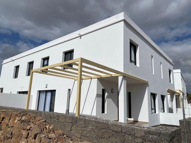 Casa de 2 habitaciones en Costa Teguise en venta con garaje - 178.450 € (Ref: 5621467)
