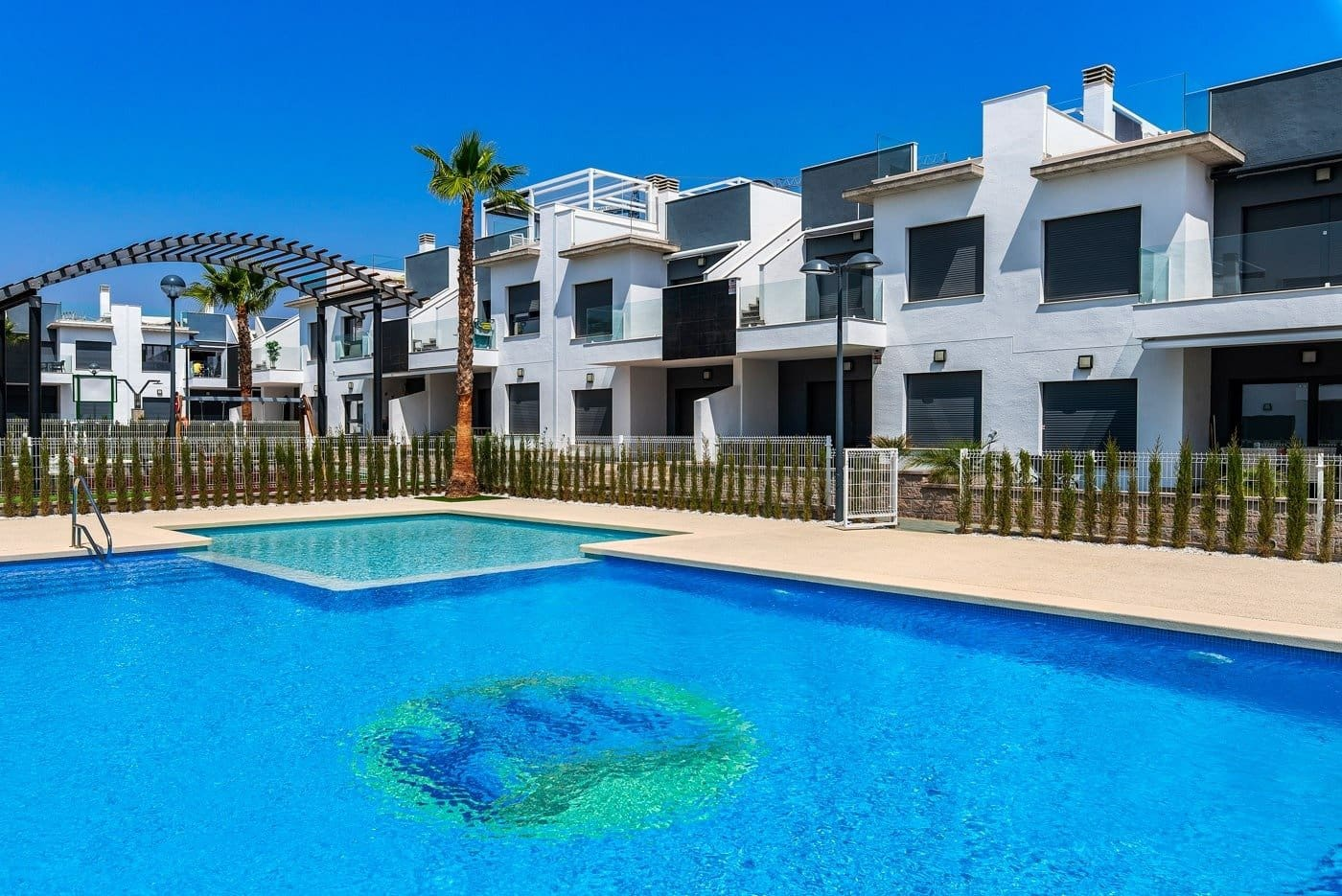 Adosado de 2 habitaciones en Pilar de la Horadada en venta con piscina - 159.900 € (Ref: 3140034)