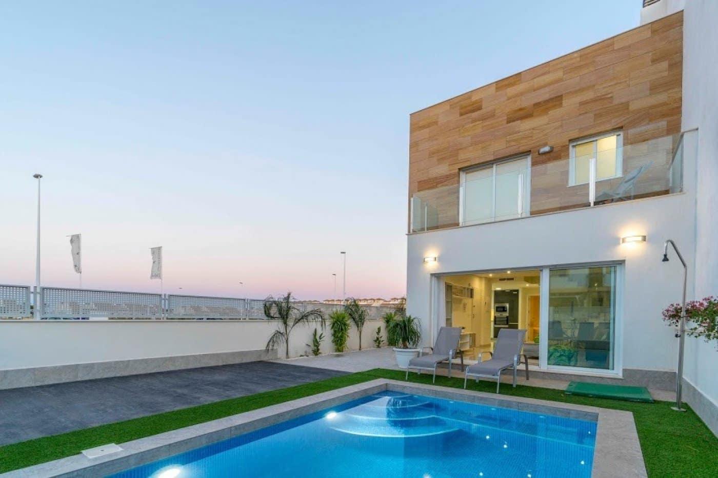 3 bedroom Terraced Villa for sale in San Pedro del Pinatar with pool - € 220,000 (Ref: 3967150)