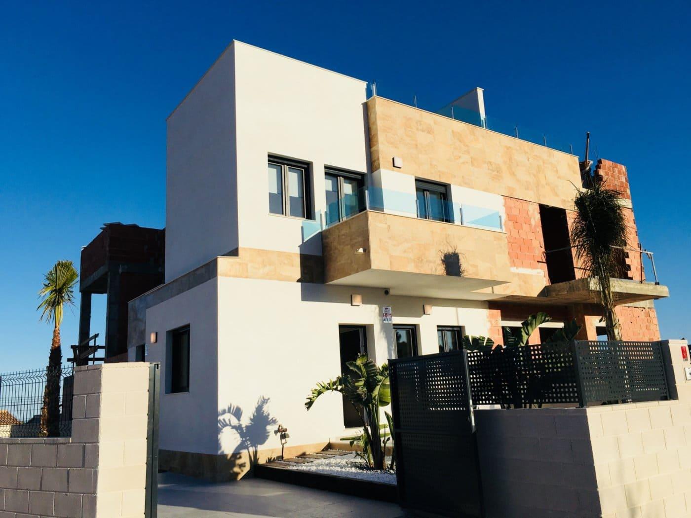 Adosado de 3 habitaciones en Polop en venta con piscina - 197.500 € (Ref: 4022407)