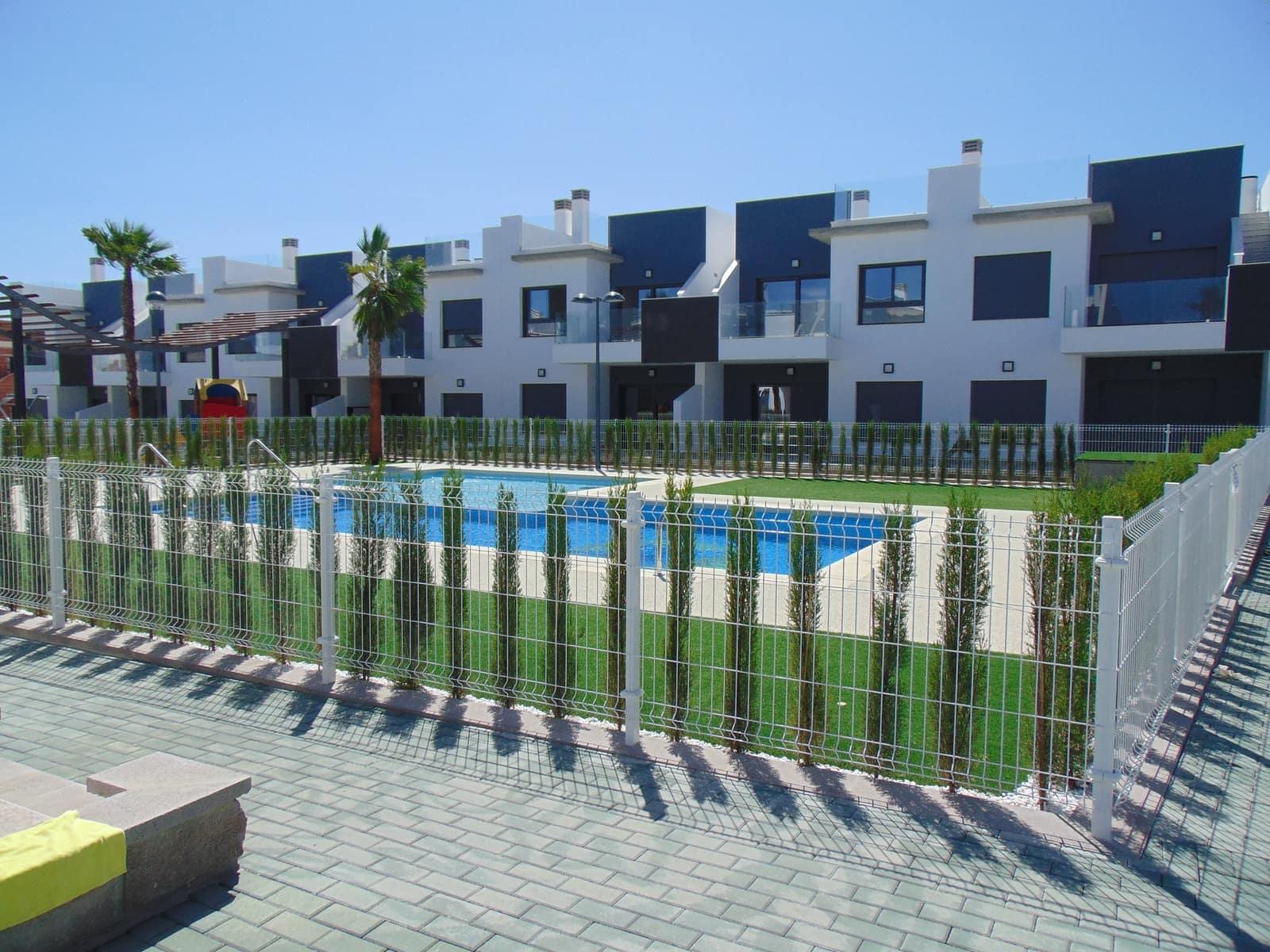 Bungalow de 1 habitación en Pilar de la Horadada en venta con piscina - 99.900 € (Ref: 4925994)