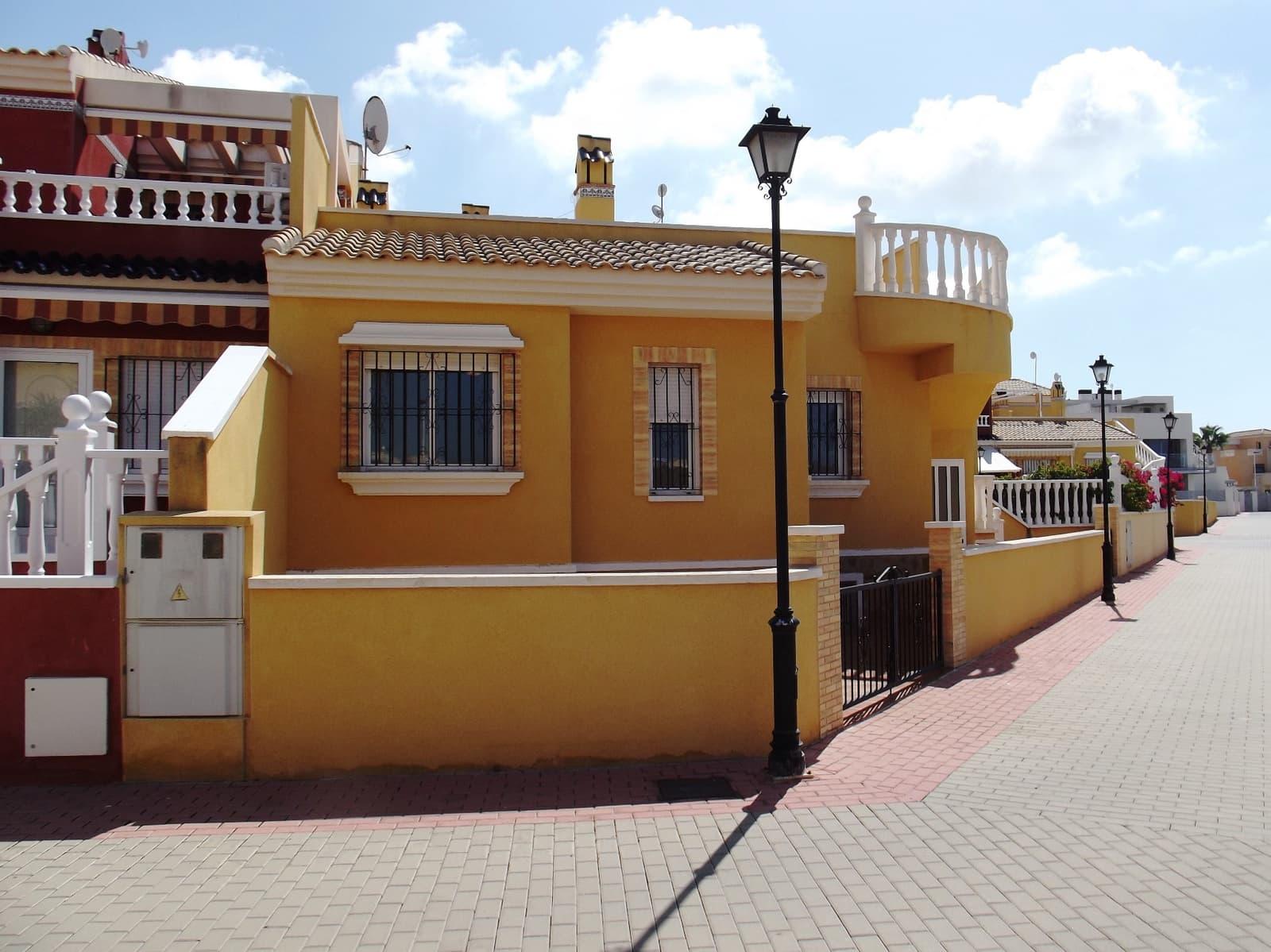 3 soveværelse Bungalow til salg i La Torreta med swimmingpool - € 155.000 (Ref: 4926448)