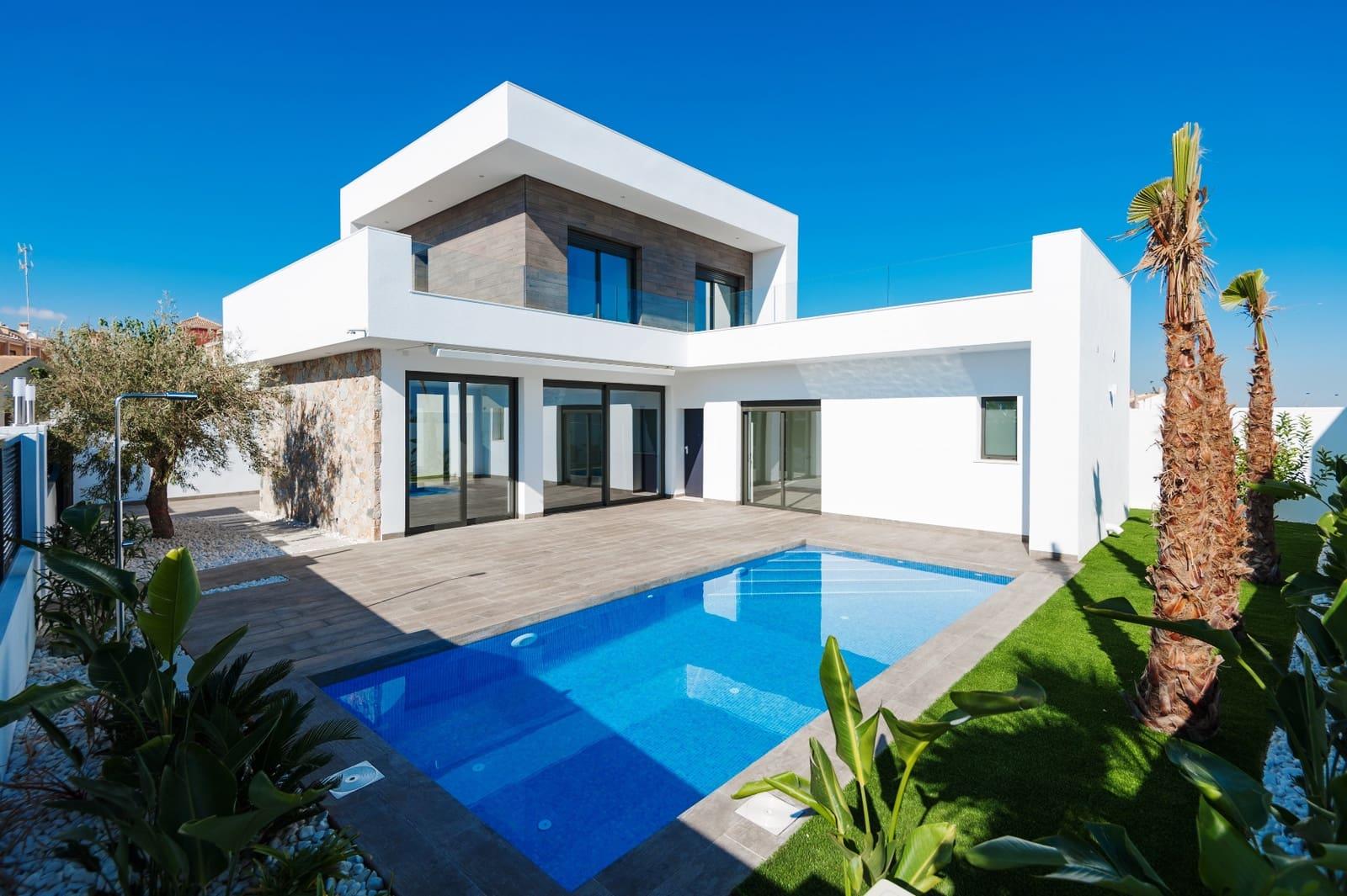 Chalet de 3 habitaciones en Pilar de la Horadada en venta con piscina - 409.900 € (Ref: 4947346)