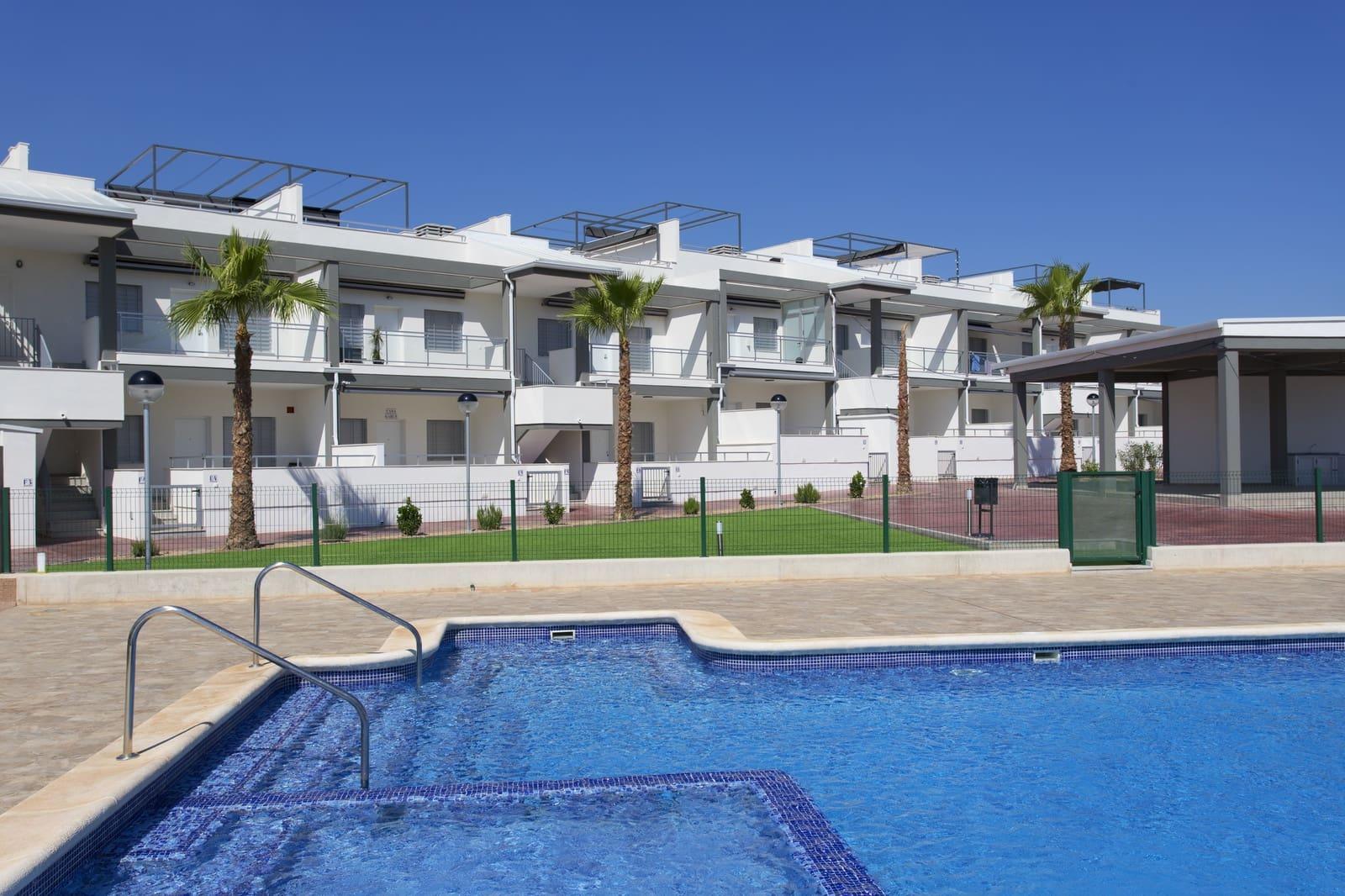 Bungalow de 2 habitaciones en Playa Flamenca en venta con piscina - 150.000 € (Ref: 4972319)