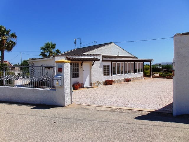 Finca/Casa Rural de 3 habitaciones en Casas Blancas en venta con piscina garaje - 399.000 € (Ref: 5386562)