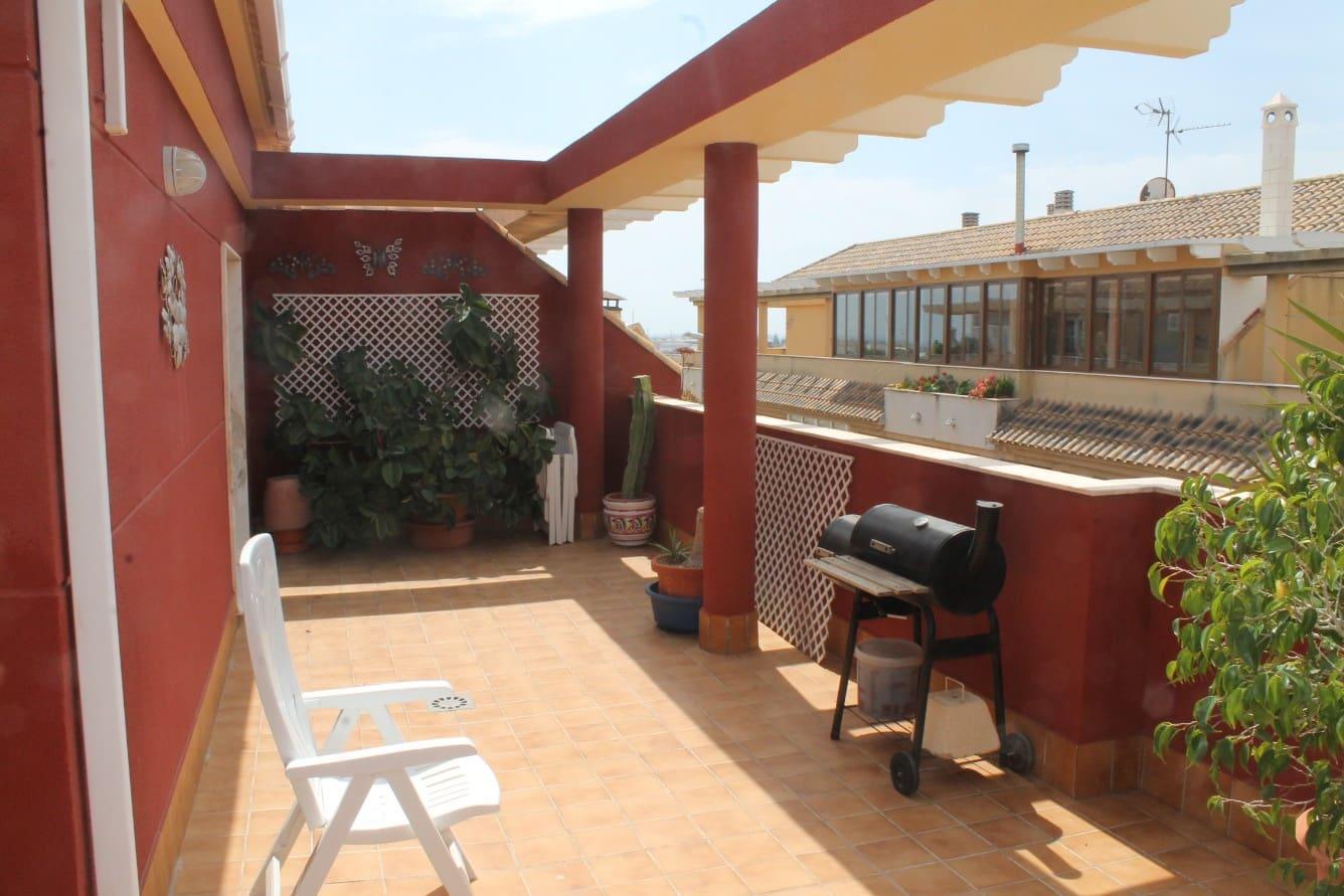 Piso de 3 habitaciones en Pilar de la Horadada en venta con garaje - 125.000 € (Ref: 5064325)