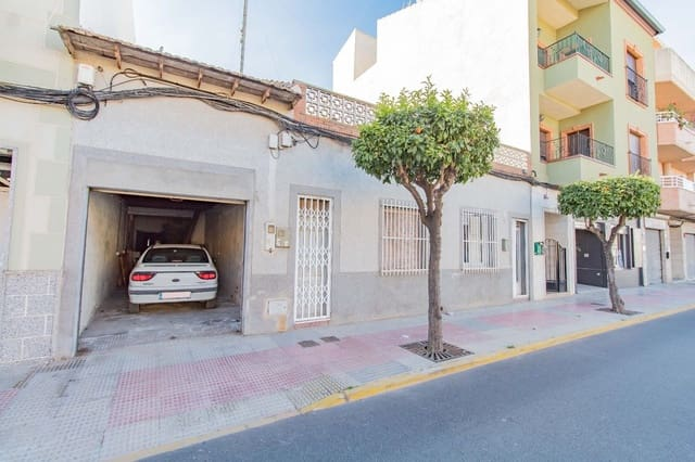4 soveværelse Rækkehus til salg i Catral med garage - € 97.000 (Ref: 5917846)