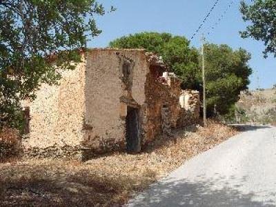 Ruina na sprzedaż w Polopos - 21 995 € (Ref: 2836825)