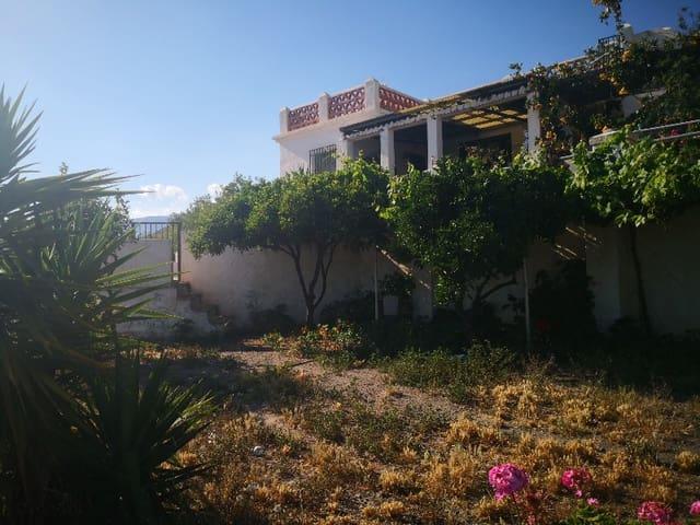 4 soveværelse Villa til salg i La Mamola med garage - € 999.999 (Ref: 4610787)