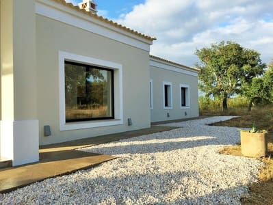 4 bedroom Villa for sale in La Codosera with pool - € 295,000 (Ref: 5372087)