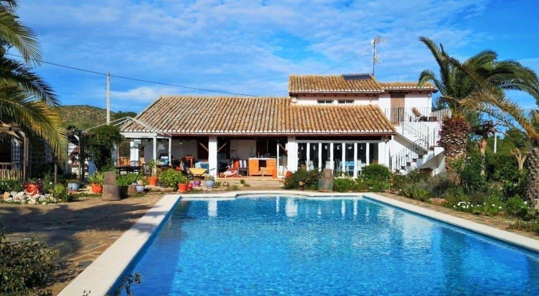 5 sovrum Villa till salu i Llombai med pool garage - 229 995 € (Ref: 5419545)