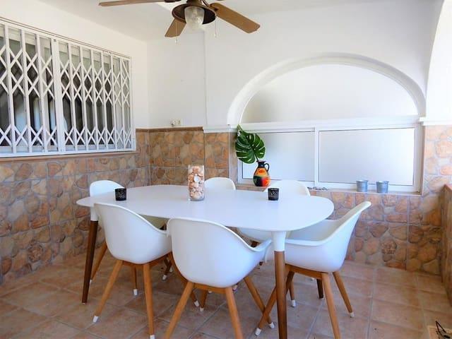 3 soverom Hus til salgs i Manilva med svømmebasseng - € 508 (Ref: 3520403)