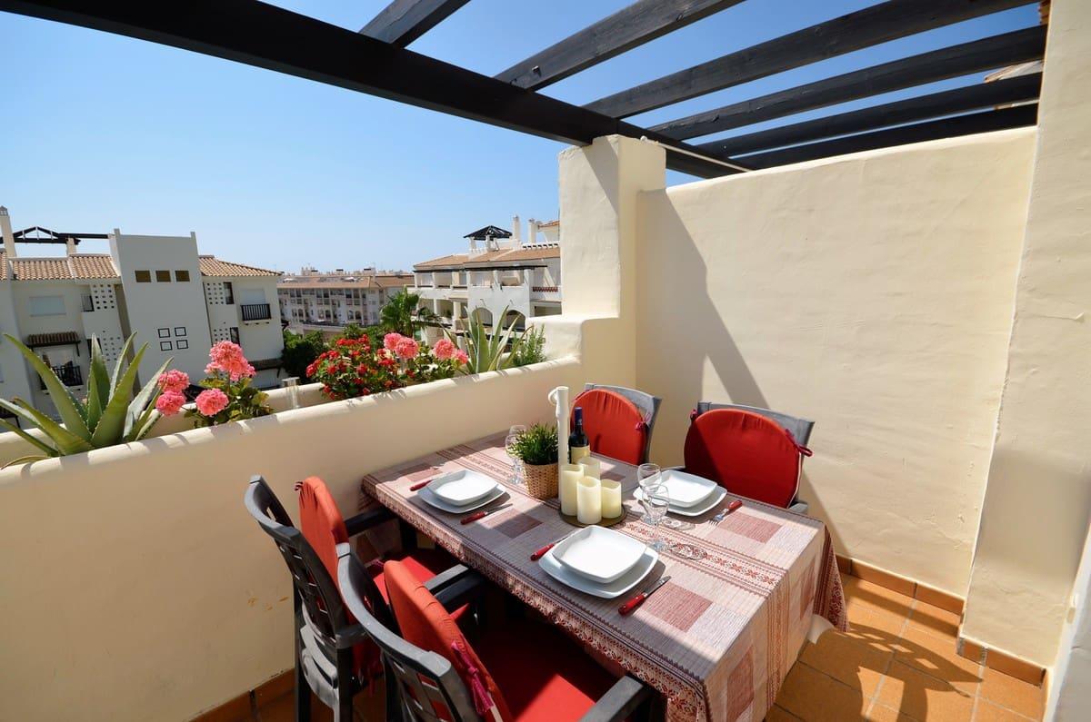 2 Zimmer Ferienpenthouse in La Duquesa / Puerto de la Duquesa mit Pool Garage - 355 € (Ref: 4296728)