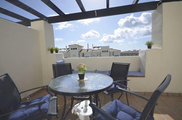 2 bedroom Penthouse for holiday rental in La Duquesa / Puerto de la Duquesa with pool garage - € 450 (Ref: 4547931)